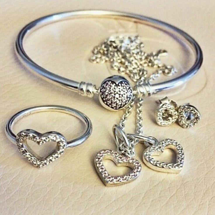 Pandora Earrings Heart: PANDORA Heart Set With Earrings, Ring, Bracelet And
