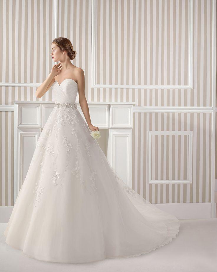 7S160 ESPIRAL | Wedding Dresses | 2015 Collection | Luna Novias