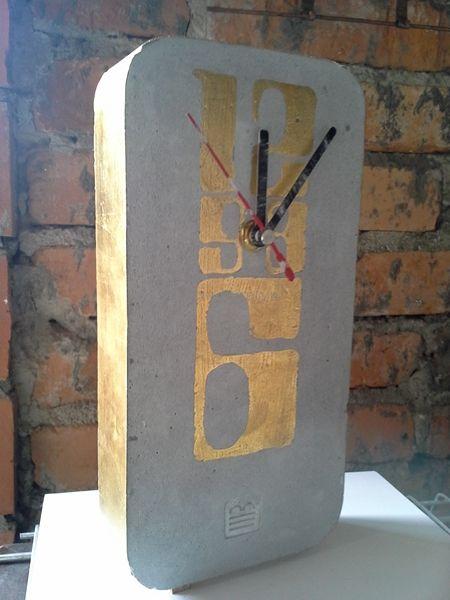 Zegar  // projekt, realizacja i fot. Marcin Boratyn // odlew z betonu,