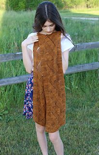 Sampo, a scarf by Dapper Camelid Designs using Neighborhood Fiber Co.'s Rustic Silk