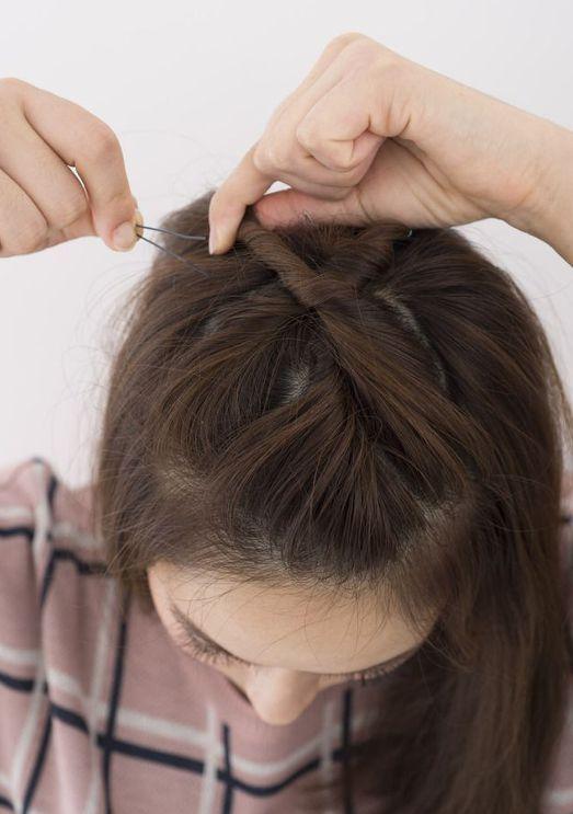 短い前髪はポンパドールがオススメ 男受けはどうなの 簡単ヘアアレンジ 前髪 短い前髪 簡単ヘア