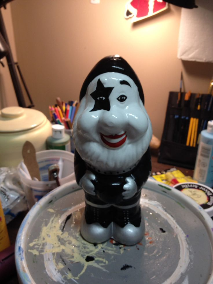 "2. Paul Stanley as the ""Starchild"" gnome."