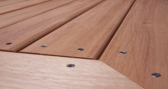 Recently I had to make some decisions about which hardwood decking material I would choose for my Toronto deck. Genuine Mahogany decking or cedar decking.
