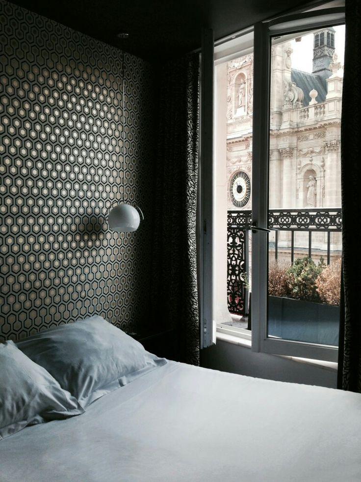 Paris, Paris...Take note of this charming hotel for a dreamlike weekend! #weekend #paris #parigi #hotel #holiday