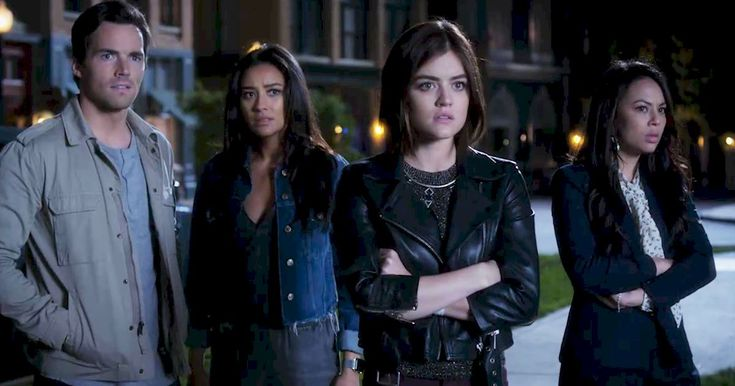 Pretty Little Liars - PLL Premiere Fashion: Emily Slays In Her Gorgeous Jumpsuit! - 1001