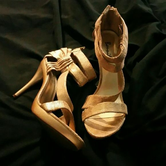 OPEN TOE GOLD STRAP HEELS Gold strap open toe heels with zipper in the back. Only worn once. bonnibel Shoes Heels