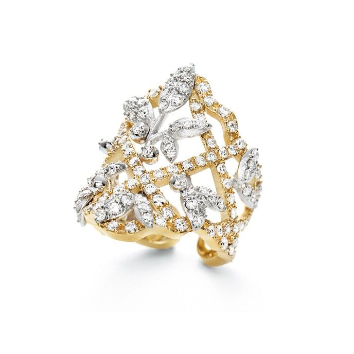 Winter Frost ring in 18K yellow gold and diamonds TW.VS  by OLE LYNGGAARD COPENHAGEN  www.olelynggaard.com