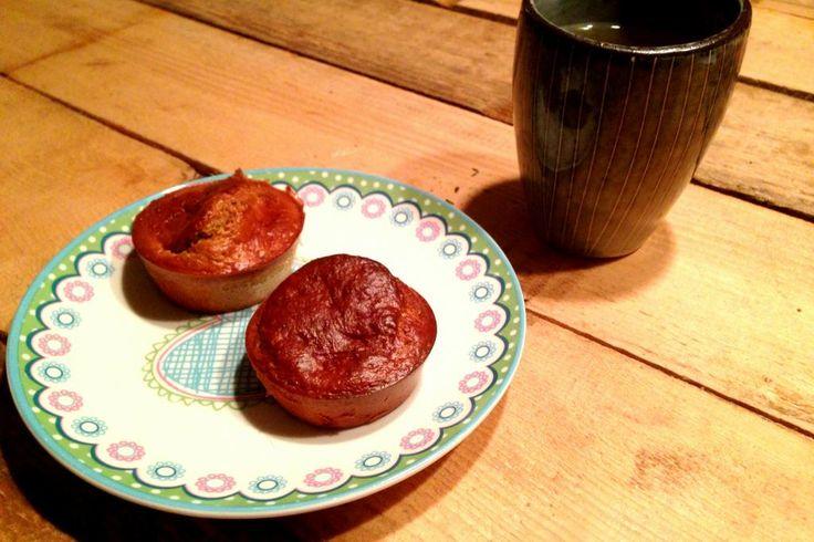 ontbijtmuffins! Dit leek me zo enorm handig. Je maakt gewoon gezonde muffins en iedere ochtend pak je zo een muffin of twee mee als ontbijt.