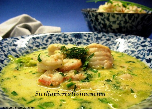 Zuppa di pesce al curry e latte di cocco, con riso Jasmine | SICILIANI CREATIVI IN CUCINA | di Ada Parisi