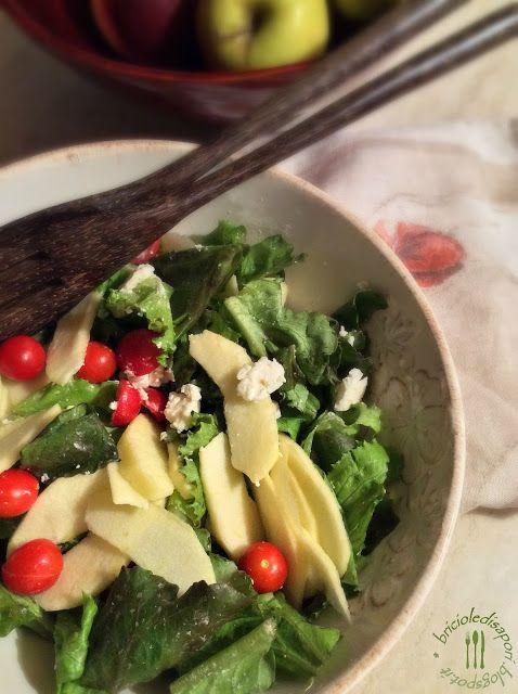 Briciole di Sapori: Insalata croccante con pomodorini, mela e feta gre...