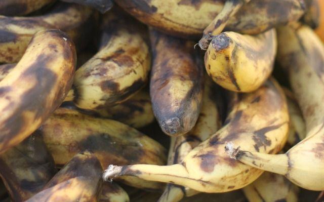 Que faire avec des bananes trop mûres ? (Cookies sans gluten, compote, confiture, glace...etc)
