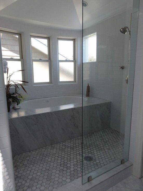 21 unique bathtub shower combo ideas for modern homes salle de bains salle et organisation. Black Bedroom Furniture Sets. Home Design Ideas