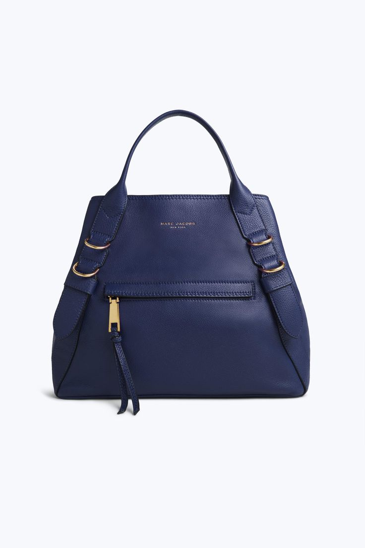Welcome the newest member of our bag family, the Anchor, here to truly keep you grounded when life gets hectic. The shoulder style has plenty of space for on-the-go life, including a laptop, cosmetics case, notebook, and more. And unlike an actual anchor, this one is incredibly lightweight.