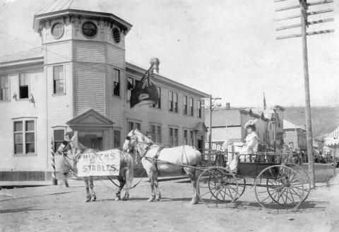 """Klondike Kate"" in a carriage in front of the post office - City of Vancouver Archives"