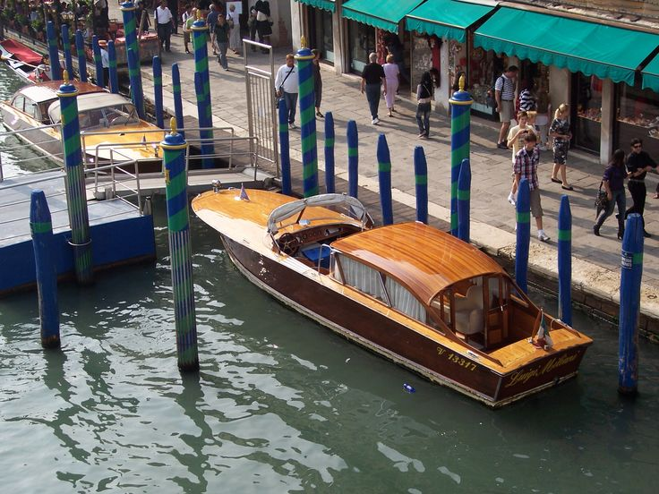 Water Taxi In Venice Vintage Boats Classic Boats Boat