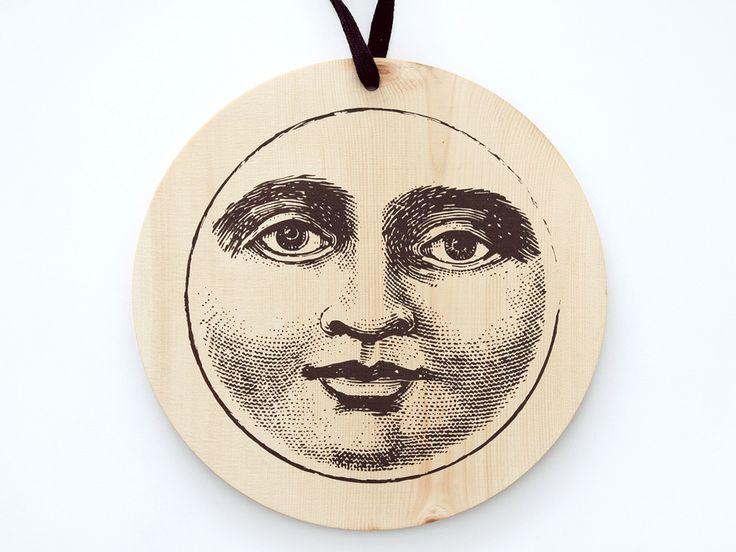 Sign La Luna // Darkbrown Silkscreen on Wood  #siebdruck #silkscreen #holzschild #mond