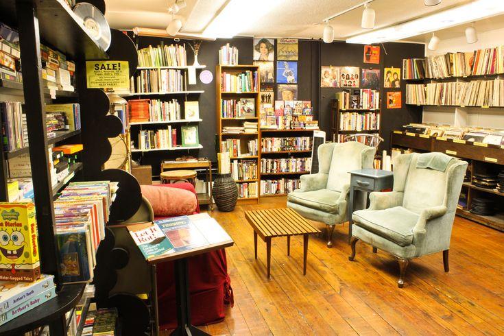 4 1 στέκια για να απολαύσεις το βιβλίο σου στην Αθήνα