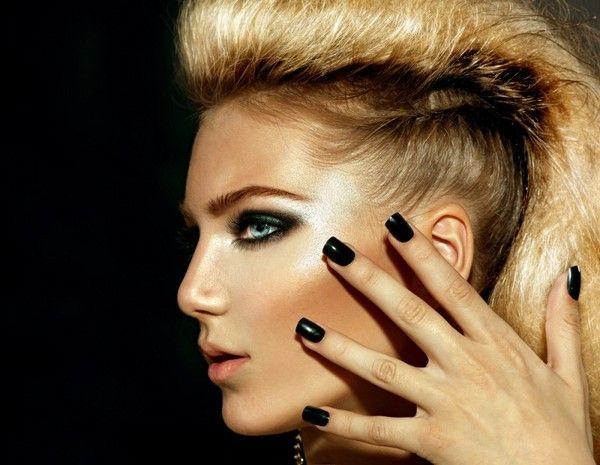 Девушка Ван Хельсинга, или как сделать готический макияж