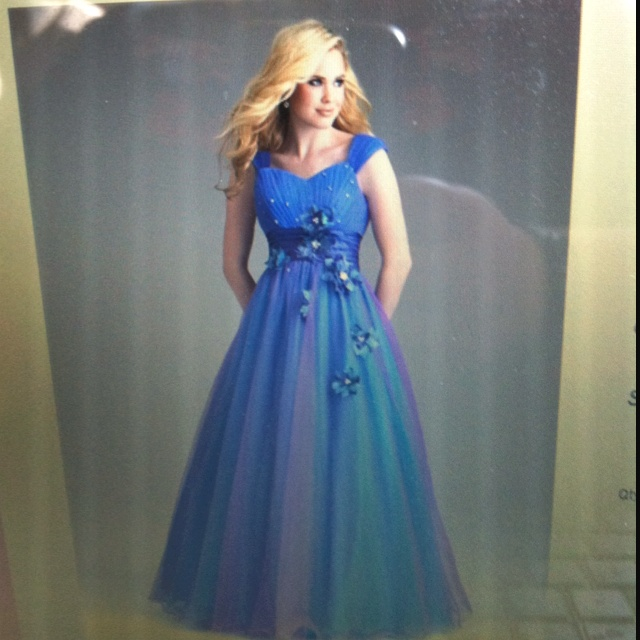 My Prom dress!:)