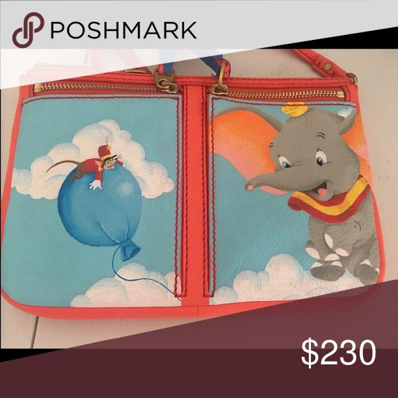 Disney x Fossil Erin Peach Crossbody Gorgeous Fossil Erin in peach 🍑 has Dumbo and Timothy Q Mouse, used once. You will get a LOT of compliments. Perfect for the Disney lover in your life! Willing to sell, trade and consider offers! The zipper pulls have masking tape on it in this picture but are peach also. New condition and no flaws! Cheaper on Vinted and Mercari. Fossil Bags Crossbody Bags