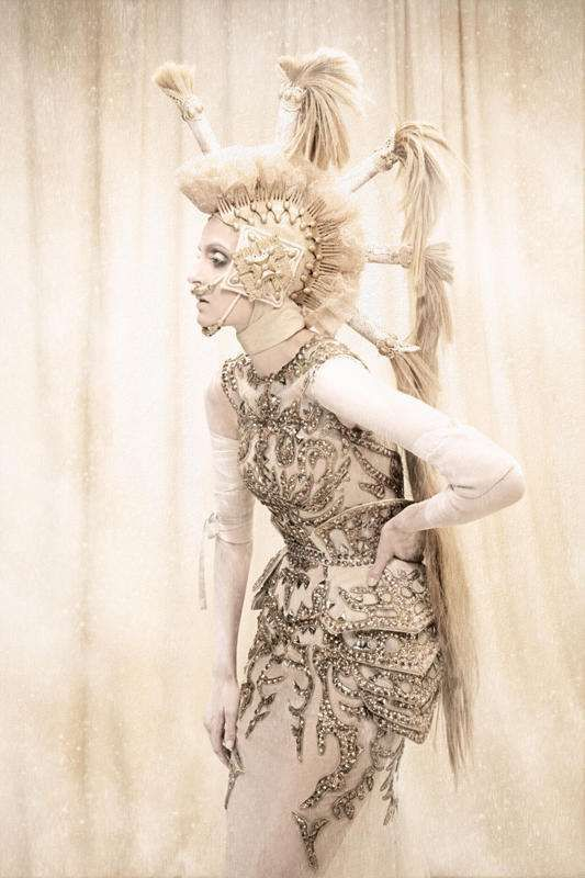 Icy Regal Photography - The I Am The Queen Series Seems to Channel Narnia's White Witch (GALLERY)