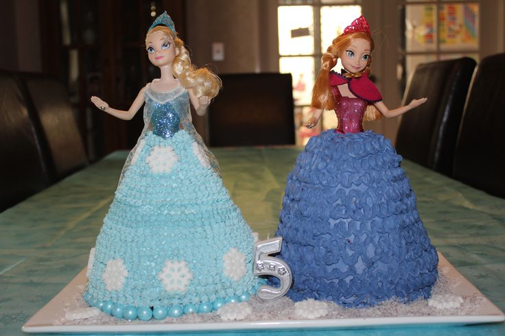 Frozen Elsa and Anna Dolly Varden Cakes