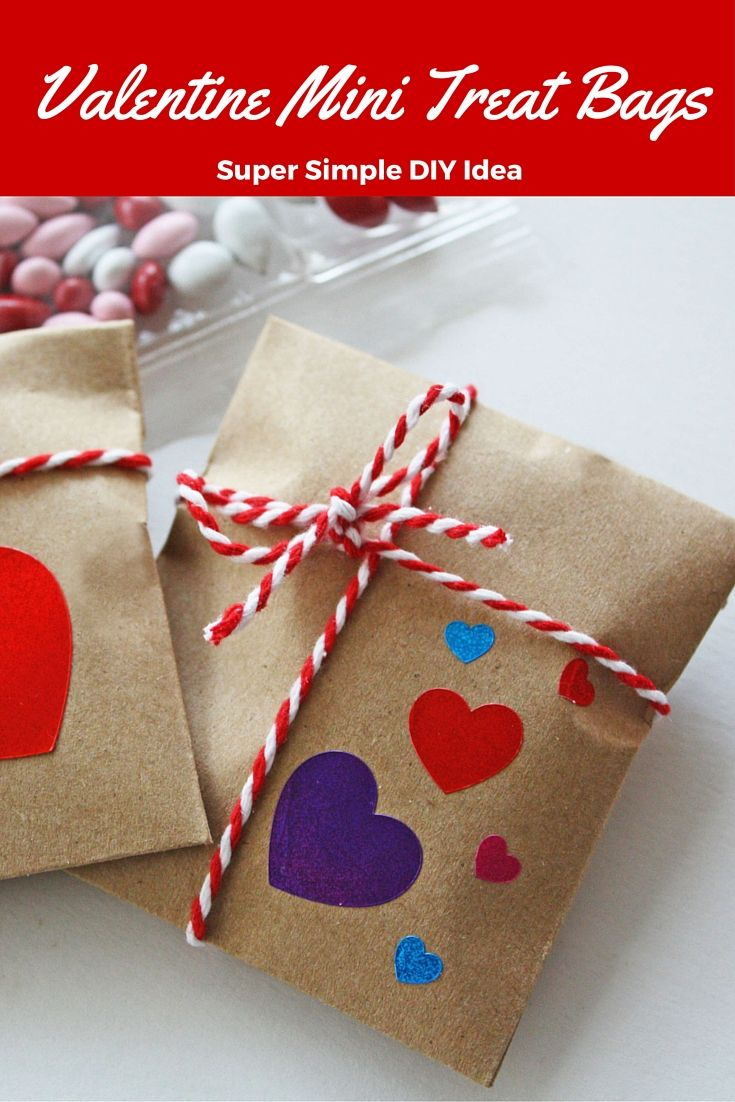 Everyone loves a treat, especially on Valentine's Day! These DIY Valentine Mini Treat Bags are just right for tucking into backpacks or briefcases and they make sweet little Valentine party favors, too! Get step-by-step instructions on our blog.