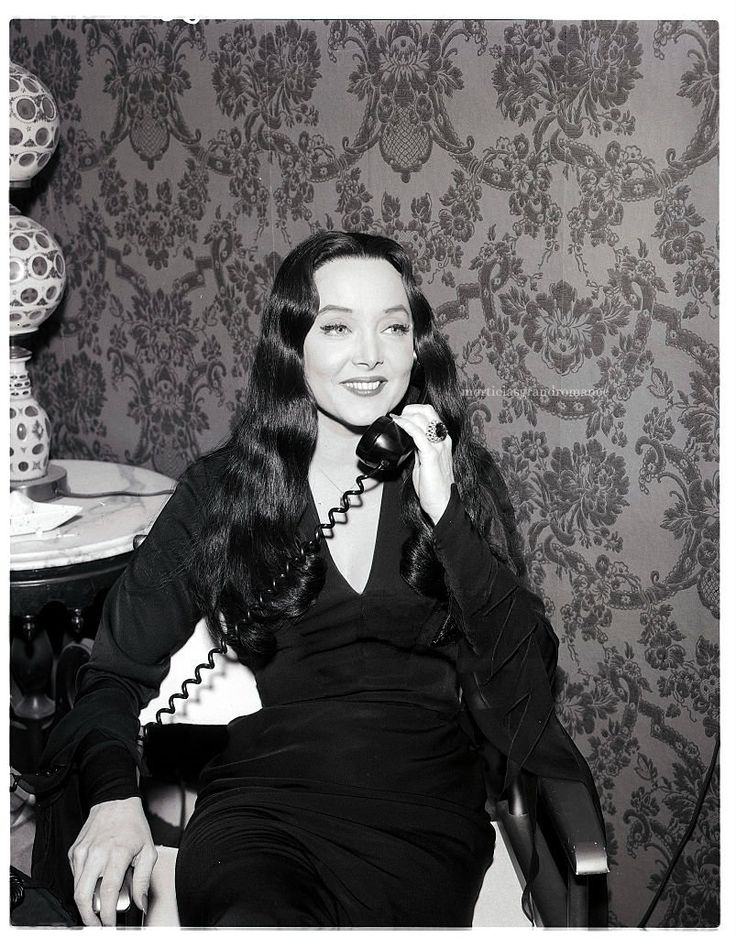 Carolyn Jones (Morticia Addams) 1960's