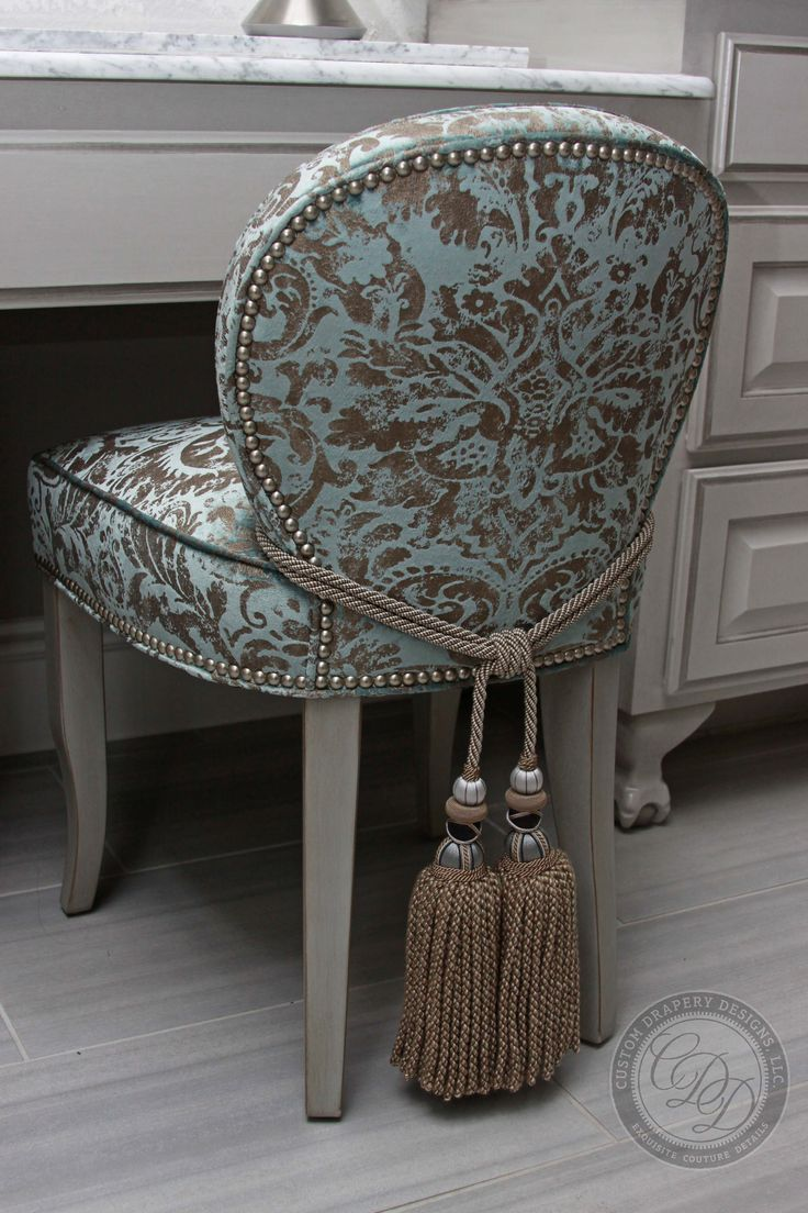 Best 25+ Vanity Chairs Ideas Only On Pinterest