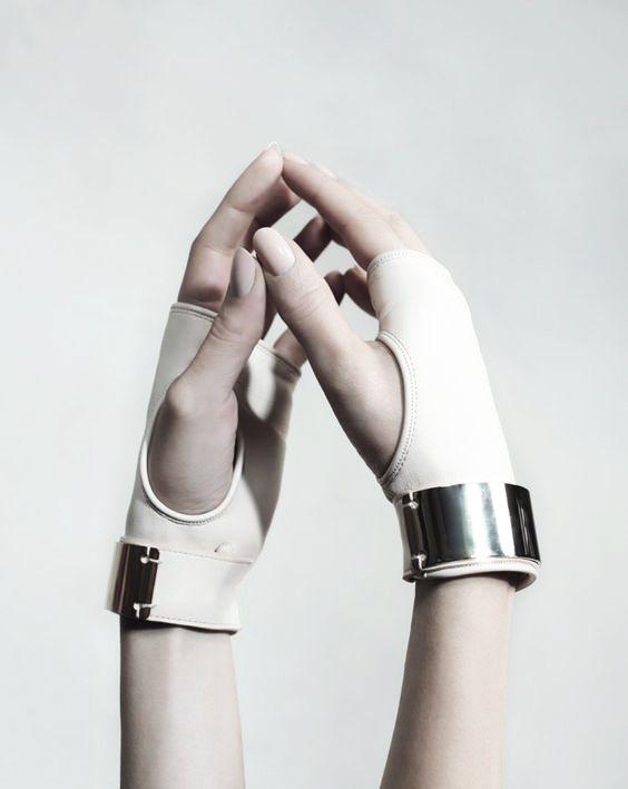 pandeamonium// @pandeamonium (character design inspiration, sci fi, white, hands, aesthetic)
