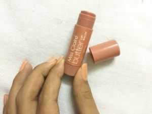 Miss Claire Butter Lip Balm Biscotti Review Hi! So this review is based on Miss Claire's butter lip balm: Biscotti. This lip balm is a recent addition to my vanity. Lip balms are a necessity for me. I can't go through a day without lip balms. It helps me to maintain moisture on my lips and makes my lips smooth. I don't have to worry of smiling […]  The post  Miss Claire Butter Lip Balm Biscotti Review  appeared first on  Glossypolish .  https://www.glossypolish.com/miss-claire-bu..