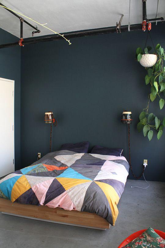 .: Wall Colors, Interior, Wall Colour, Idea, Quilt, Hanging Plants, Duvet Cover, Bedroom