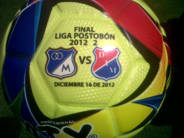 Balón de la Final del fútbol Colombiano. ¡Vamos por la 14 Millonarios!