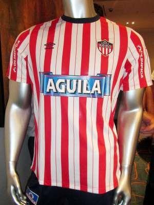 Esta es la nueva camiseta del Junior de Barranquilla para la temporada 2013.