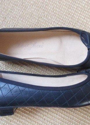Kaufe meinen Artikel bei #Kleiderkreisel http://www.kleiderkreisel.de/damenschuhe/ballerinas/113170954-gesteppte-ballerinas-von-schoshoes-milano-handgenaht-purer-luxus