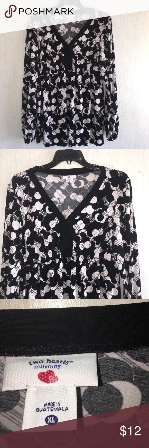 Women's Two Hearts Maternity Top. Size XLarge. Women's Two Hearts Maternity Top. Size XLarge.    Very Stretchy! Multi-colors: Black, White and Red. In Excellent Condition! Like New! No color fading, stains, holes or defects! Two Hearts Maternity Tops Blouses