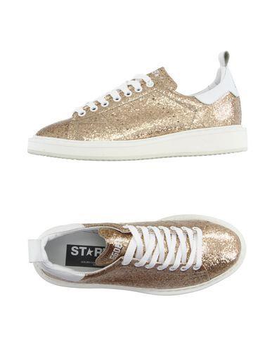 GOLDEN GOOSE Low-Tops. #goldengoose #shoes #low-tops