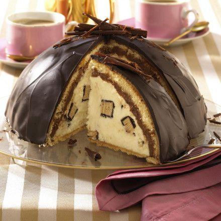 Schokoladen-Kuppeltorte mit Baumkuchencreme Rezept   LECKER