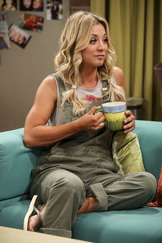 """""""The Cohabitation Experimentation"""" -- Pictured: Penny (Kaley Cuoco). When Amy's apartment floods, she proposes a """"cohabitation experiment"""" with Sheldon. Also, Howard and Bernadette are upset when Koothrappali learns the gender of the baby before them, on THE BIG BANG THEORY, Monday, Oct. 10 (8:00-8:31 PM, ET/PT), on the CBS Television Network. Photo: Michael Yarish/Warner Bros. Entertainment Inc. © 2016 WBEI. All rights reserved."""