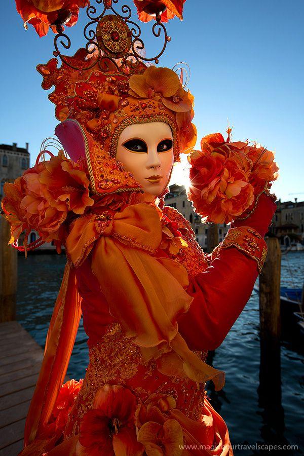 A divine costume of orange... Carnival of Venice