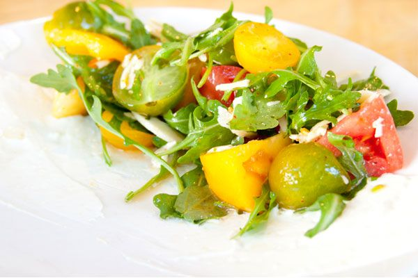 Gigi  Heirloom Tomato and Arugula Salad: Gigi Heirloom, Food Recipes, Arugula Tomatoes, Salad Recipes, Favorite Salad, Tomatoes Salad, 29 Salad, Arugula Salad, Heirloom Tomatoes