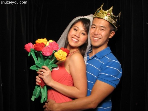 Dress up and practice in the ShutterBooth at bridal shows ;-)