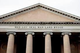 Hvem skal afgøre gældende ret i Danmark? En kommentar til Bøfhus-sagen. - Allan Ohms