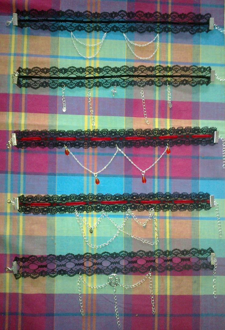 Gothic necklace different styles (collane gotiche, vari stili)