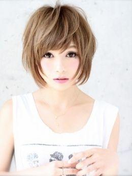 ショートカット×四角顔さんに一度は試してもらいたいヘアスタイル☆気になるエラを毛束で隠すアレンジでキュートな愛される髪型に♬