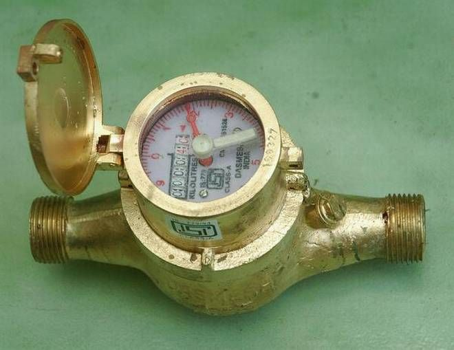 Chennai Metro water has proposed a plan of fixing a digital water meters in 33,000 buildings as phase I work. #CityUpdates www.chennaiungalkaiyil.com.