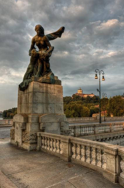 Torino - Ponte Umberto I e Monte dei Cappuccini