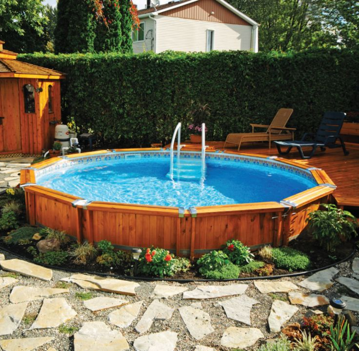 Semi creusee bois3 869 850 pool for Piscine 3x5