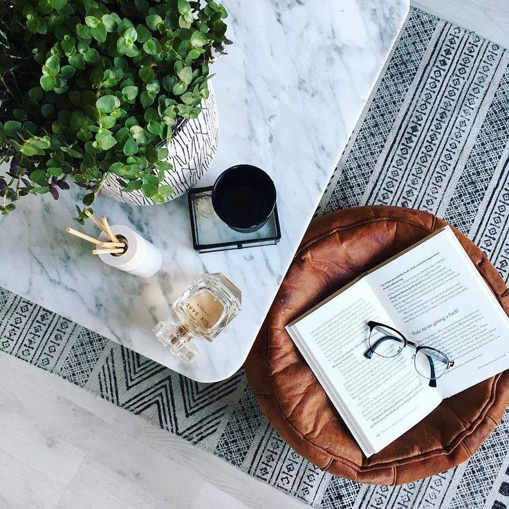 """150 mentions J'aime, 4 commentaires - Boudien Anna Alberts (@beaustyling) sur Instagram: """"Weer thuis.. Vanavond geen boekje maar yoga. Vaste prik op de woensdagavond. Fijne avond!…"""""""