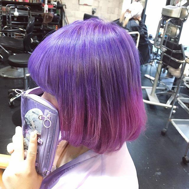 WEBSTA @ reya_382 - #ラベンダー#パープル からの #ピンク #グラデーション!🙆🌟原色ではなく少しくすませてみた。色持続の為に濃いめに入れました!落ちる時に #パステル を経過予定❤️💗💜💙#haircolor #hairstyle #gradation #pink #さくら #purple #violet #lavender #pastel #派手髪 #原色 #マニパニ #manicpanic #bobhair #me #make #アメ村 #美容室 #美容院 #サロン #ヘアカラー #グラデ #ゆめかわいい #原宿系